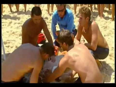 Video: Bondi Beach Rescue CPR